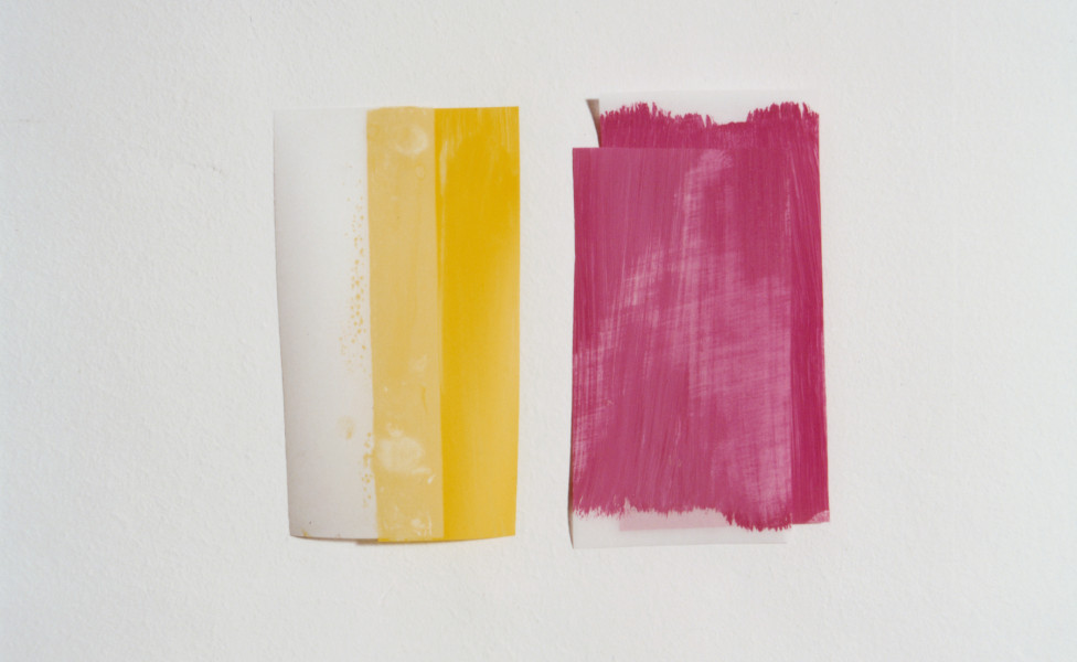 two- yellow pink, 2003, Öl Transparentpapier, ca. 16 x 24 cm