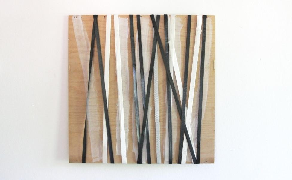 2011_O.T.(für A.)_Kunststoffbänder Sperrholz_49x49cm